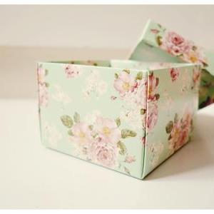 DIY Mint floral favor wedding box /..